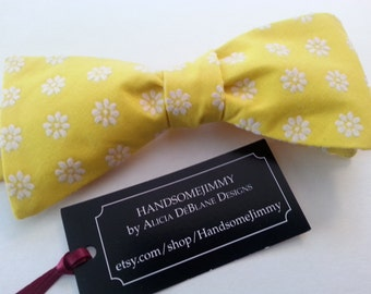 Yellow Bow Tie - Freestyle Bow Tie - Daisy Print Bow Tie - Mens Bow Tie - Wedding Bow Tie - Groomsmen Bow Tie - Handcrafted - Tied or Untied