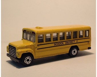 1985 SCHOOL BUS - Scale Model 1:95 in American School yellow livery