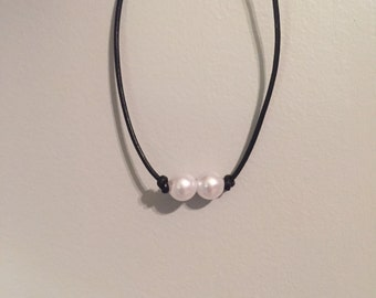 2 single pearl choker / necklace