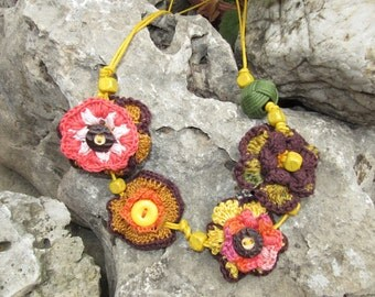 Crochet Flower Necklace, Hippie Necklace, Bohemian Necklace, Fall Jewel, Bib Necklace, Crochet Jewelry, Ready to ship