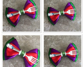 Ariel with big fork hair bow