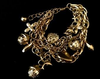 Vintage 3 Strand Gold Charm Bracelet               VG1488