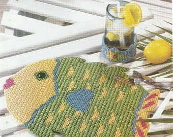 Bright and Cheerful Fish Placemat in Plastic Canvas