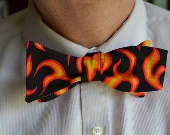 Flames Bow Tie, Mens Flame Bow Tie, Mens Flame Bowtie, Self-Tie Bow Tie, Self Tie Bow Tie, Mens Bow Tie, Mens Bowtie, Cotton Bow Tie,