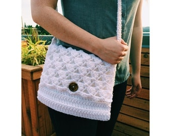 Triangle Lattice Crochet Purse