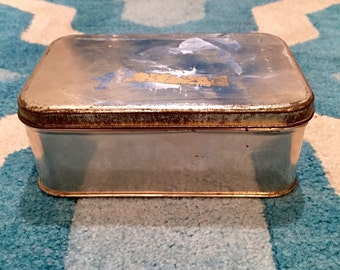 Vintage WW2 Silver Metal Tin Storage Box with Lid from London, England