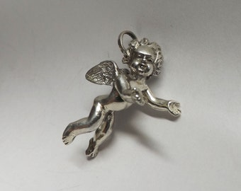 Angel Charm Pendant, Guardian Angel, Cherub pendant, Angel Wings, Sterling Silver, Bride Charm, Vintage, Antique Jewelry, Free shipping.