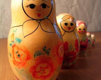 Vintage USSR, Russian Nesting Dolls