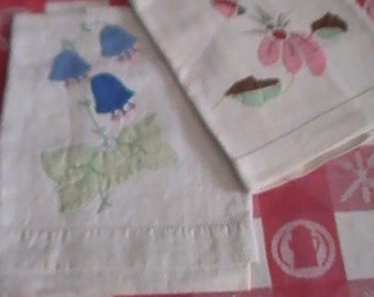 Vintage Appliqued Kitchen Towels From The 1940's