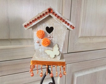 Modern look Birdhouse