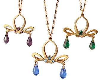 Romantic necklace with Swarovski crystals