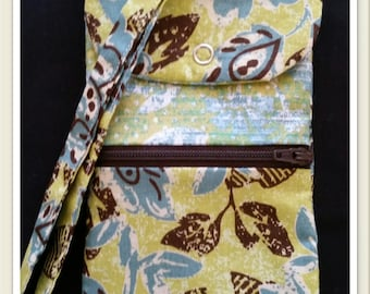 Handmade Wristlet! Hold your cellphone, cards, and money all in one!