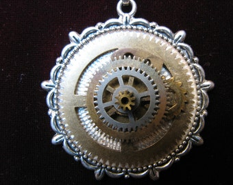 Necklace: Layered Gear Pendant