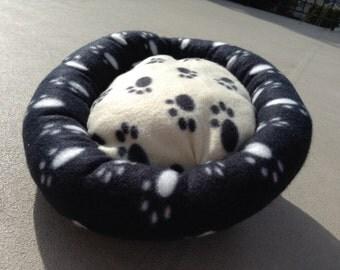 Doughnut bed