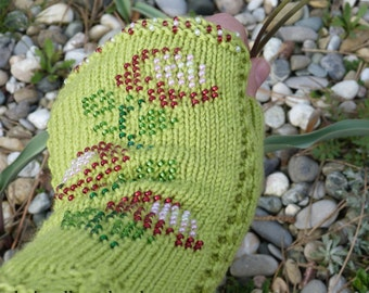 100% merino wool beaded wrist warmers / fingerless gloves with thumb green flowers