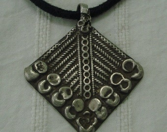 vintage antique tribal old silver necklace amulet pendant gypsy hippie