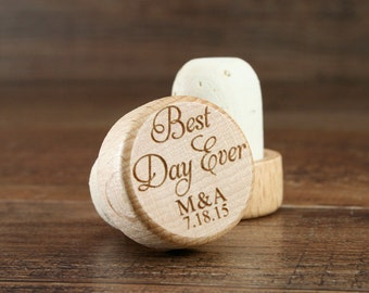 Customized Wine Stopper Engraved Wood Top, Wine Wedding Favors, Wedding Gifts, Couples Gift, Best day Ever wedding favors, custom corks