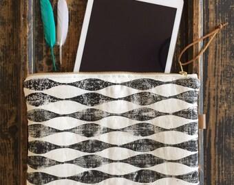 Linen XL vague reason pouch