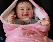 Hooded car seat blanket, car seat blanket, pink with white dot fleece blanket, super soft, winter blanket, car cosy wrap, cosy toes,