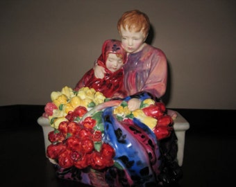 "Royal Doulton Figurine, ""Flower Sellers Children"" ,HN 1342"