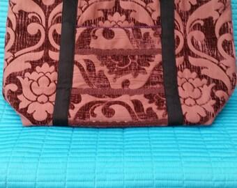 L005.  Brrgandy flock fabric tote bag