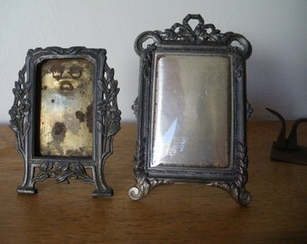 Lot of two Antique french spelter ART NOUVEAU Frame 1920 flowers guirland louis XVI