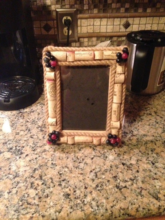 Wine Cork Picture Frame by ShellesCreativeCorks on Etsy