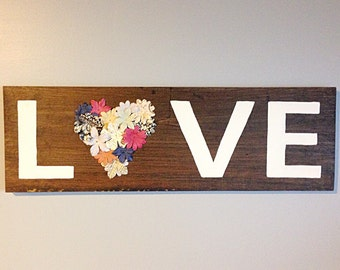 "Wall Sign ""Love"""