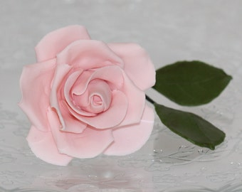 Beautiful sugar paste rose for wedding cakes or any special occasion cakes - light pink