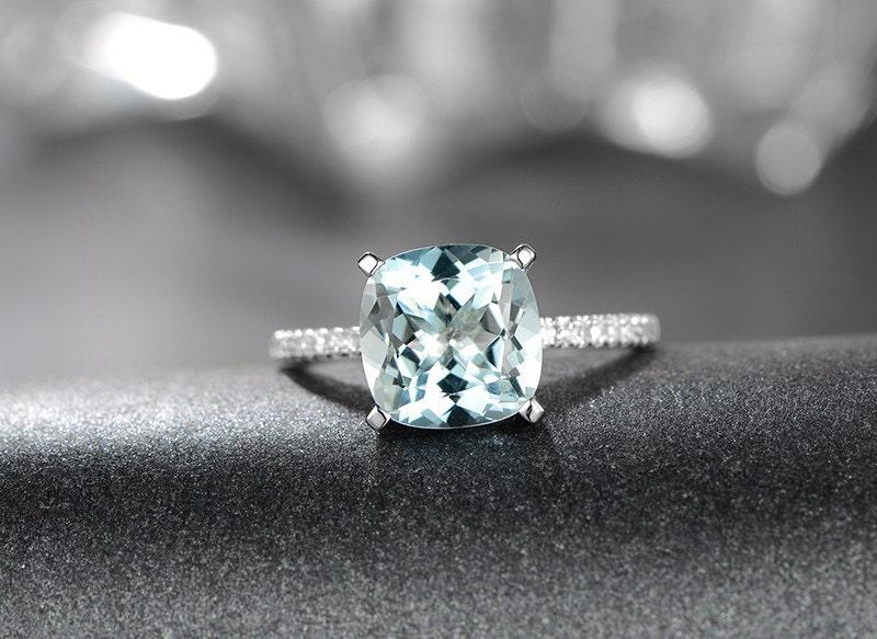 aquamarine solitaire ring 9mm cushion cut aquamarine
