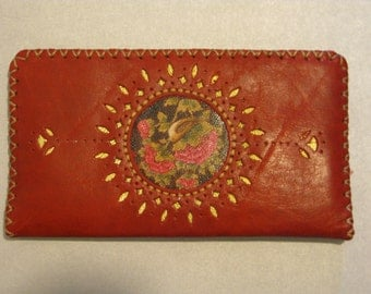 80% OFF-Hand Made Leather Women's Wallet - Original and Genuine Cow Skin Leather in Red