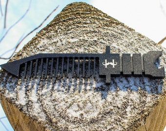 Beard Comb: Salute Military Knife