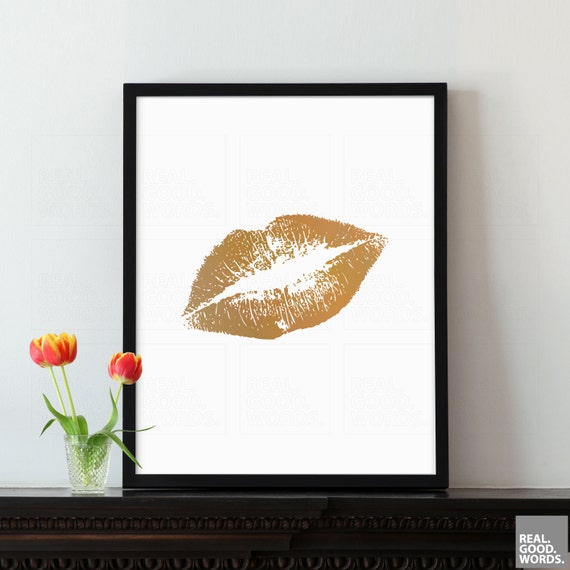 Fashionista gift ideas for her gold lips print inspirational for Bedroom gifts for her