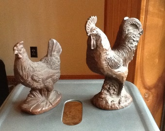 Red Mill Chicken Hen and Rooster Set