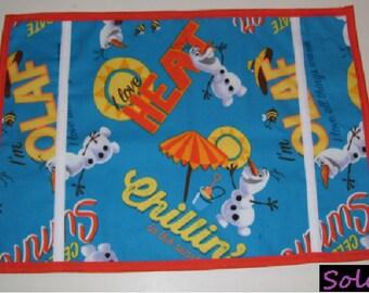 SIMPLE TABLE MAT, olaf summer pattern - olaf placemats - olaf tablemats - olaf table mats - olaf place mats- olaf lunch mats