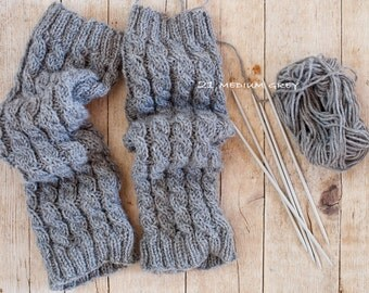 Pure Wool Womens Leg Warmers / Hand knitted Leg Warmers / Warm and Soft LegWarmers / Choose your color. (lw-0003)