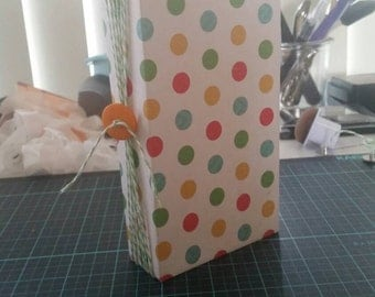 Small polk a dot list journal