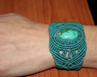 Macrame bracelet with Turquoise stone...