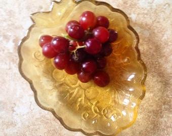 Grape Dish