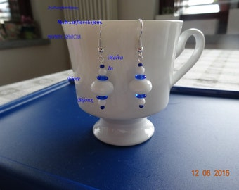 Earrings, earrings, Boucles d'oreille-white with a little touch of blue and white, agate, blue and white agate