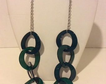 Long chunky green resin link necklace