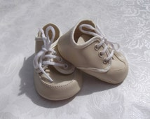 69mm Cream Laced Oxford Style Shoe Code CT211/6