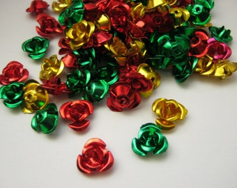 100 Aluminium Flower Beads 10mm Red Green Gold Christmas Metal Beads Mix Jewellery Making Holiday Crafts Beads