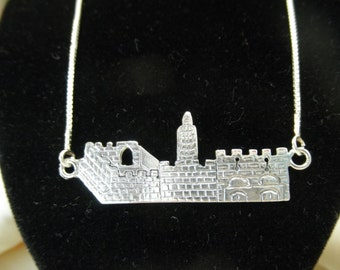 City of David (biblical Jerusalem) Mercy Gate (in Jerusalem's Old City Walls) the western wall , judaica pendant 50 centimeter all , silver