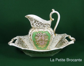 Basin and boc of toilet porcelain 19th, antic porcelain wash bowl and pitcher set