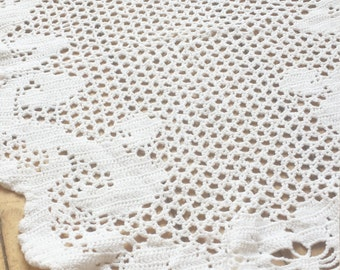 """Romantic Vintage White Cotton Hand Knit Table Runner 30 x17""""."""
