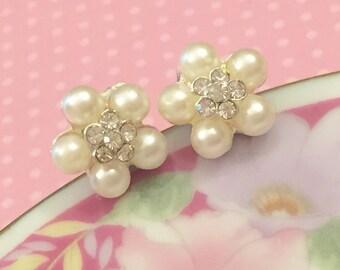 Rhinestone Flower Earrings, Bridal Flower Earrings, Wedding Pearl Earrings, Pearl Flower Earrings, Statement Jewelry, KreatedByKelly