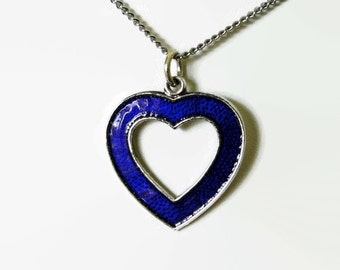 Vintage, Meka heart pendant charm necklace. Denmark. Blue enamel.