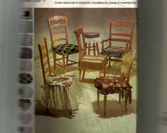 Simplicity Chair Pads and Placemats Pattern 7749