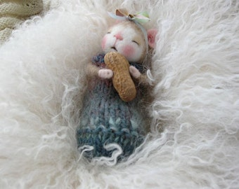 Dressed Mouse/Bunny Class Needle Felting Class to create BOTH the Bunny and Mouse By Barby Anderson (Kit Available and sold separately)